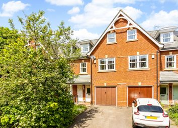 4 bed terraced house to rent in Sells Close, Guildford GU1