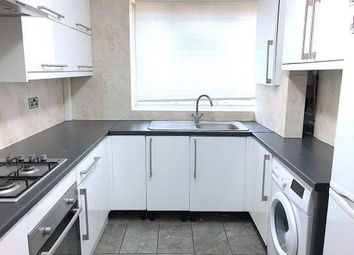 Thumbnail 3 bed flat for sale in Newton House, Cornwall Street, London