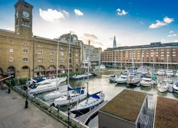 Thumbnail 2 bed flat to rent in East Smithfield, London