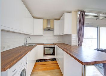 Thumbnail 4 bedroom flat to rent in Cedars Road, Clapham