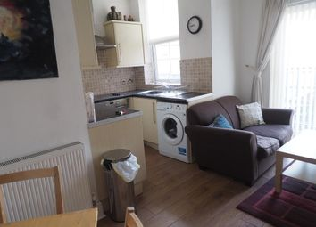 Thumbnail 1 bed flat to rent in The Oberon, 45 Queen Street, Hull