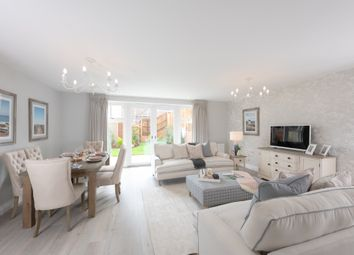 3 bed terraced house for sale in North Street, Turners Hill, Crawley RH10