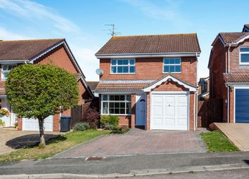 3 bed detached house to rent in Fry Crescent, Burgess Hill RH15
