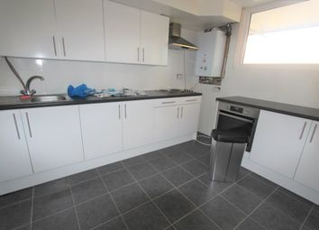 Thumbnail 4 bed flat to rent in Palmers Road, London