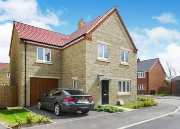 4 bed detached house for sale in Snowdrop Close, Raunds, Wellingborough NN9