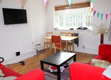 Thumbnail 4 bed flat to rent in Poynders Gardens, Clapham