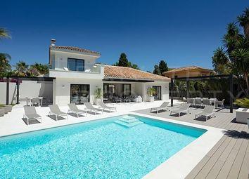 Thumbnail Villa for sale in San Pedro De Alcantara, Marbella, Málaga, Spain