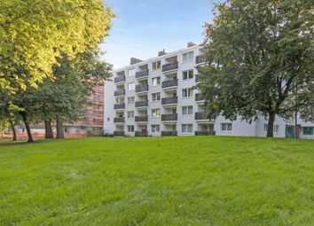 Thumbnail 4 bed flat to rent in Llewellyn Street, London