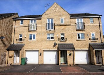 Thumbnail 4 bedroom town house for sale in Hanby Close, Huddersfield