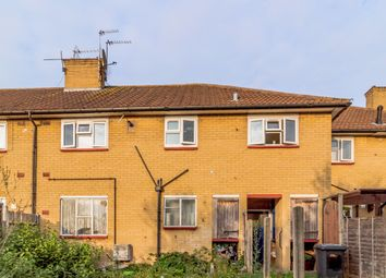 Thumbnail 1 bed flat for sale in Barton Way, Borehamwood, Hertfordshire