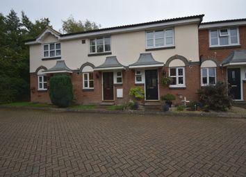 Rose Gardens, Farnborough, Hampshire GU14. 2 bed terraced house