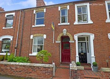 Thumbnail 2 bed town house for sale in Kings Avenue, Stone, Staffordshire