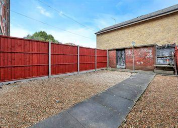 Thumbnail 4 bedroom maisonette to rent in Forsyth Gardens, London, Kennington