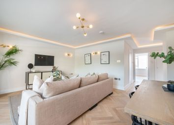Thumbnail 2 bed flat for sale in Clifton Place, Hyde Park, London