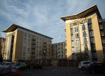 Thumbnail 2 bedroom flat to rent in The Meridian, Reading