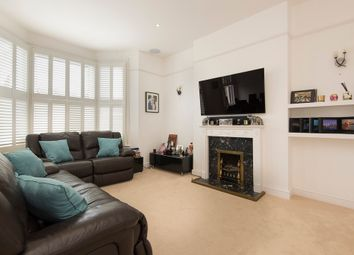 Thumbnail 3 bed maisonette to rent in Queens Road, London
