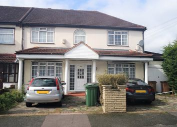 Thumbnail 1 bedroom flat to rent in Edward Avenue, Chingford