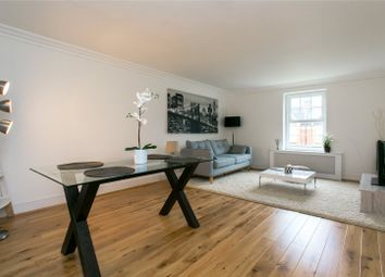 Thumbnail 2 bedroom maisonette for sale in Old Town, London