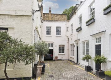 Thumbnail 2 bed property for sale in Queen's Gate Mews, London