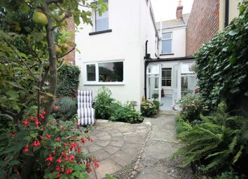 Chelmsford Street, Weymouth DT4. 1 bed flat