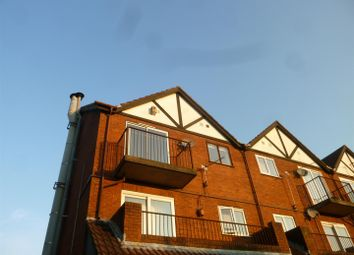 Thumbnail 2 bed flat to rent in Plas Cleddau, Barry