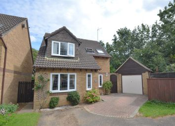 Thumbnail 3 bed detached house for sale in Oak Close, Bicester