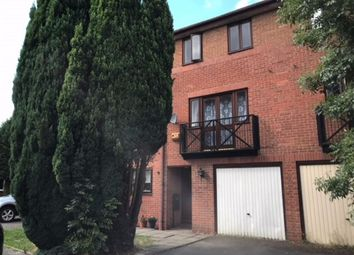 Thumbnail 3 bed property to rent in Kenilworth Drive, Nuneaton