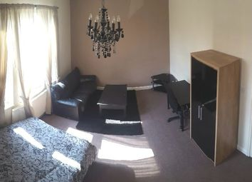 Thumbnail 6 bed shared accommodation to rent in St. Ann's Crescent, London
