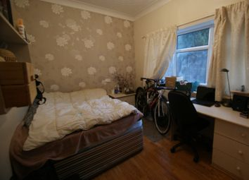 Thumbnail 6 bed terraced house to rent in Moor Park Drive, Headingley, Leeds