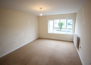 Thumbnail 2 bed flat to rent in Stroud, Gloucestershire