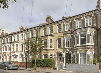 Thumbnail 6 bed property to rent in St Lukes Avenue, Clapham, London