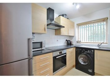 Thumbnail 2 bed flat to rent in Union Street, Oxford