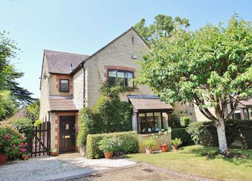 Thumbnail 4 bed detached house for sale in Sycamore Close, Witney