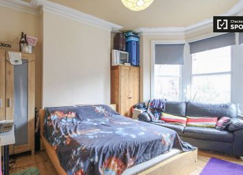 Thumbnail 7 bedroom shared accommodation to rent in Willingdon Road, London