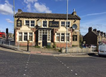 Thumbnail Pub/bar to let in Bradford Road, Shipley