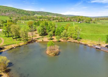 Thumbnail 6 bed property for sale in 19606 Ridgeside Rd, Bluemont, Virginia, 20135, United States Of America
