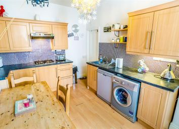 Thumbnail 4 bed property to rent in Belmont Terrace, Luddendenfoot, Halifax