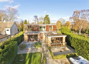 5 bed detached house to rent in Hamm Court, Weybridge, Surrey KT13