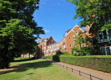 Thumbnail 3 bed flat for sale in Sovereigns Quay, Bedford