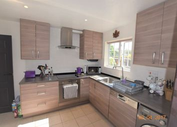 Thumbnail 3 bedroom property to rent in Culvers Way, Carshalton
