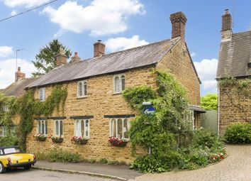 Thumbnail 4 bed cottage for sale in Red Lion Street, Kings Sutton, Banbury