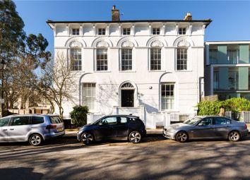 Mountfort House, 15 Barnsbury Square, London N1. 1 bed flat for sale