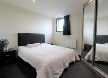 Thumbnail 1 bed flat to rent in Indigo Blu, 14 Crown Point Road, Leeds
