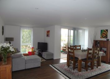 Thumbnail 3 bed flat to rent in Hay Currie Street, London