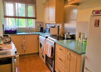 Thumbnail 1 bed flat to rent in Horton Road, Datchet, Berkshire
