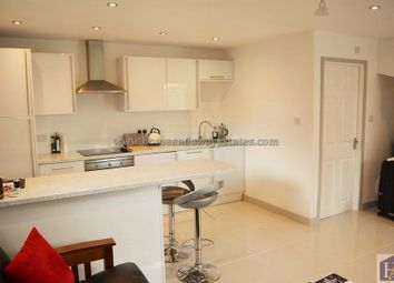 Thumbnail 1 bedroom maisonette to rent in Firs Wood Close, Potters Bar