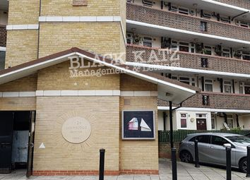 3 bed flat to rent in Browning Street, London SE17