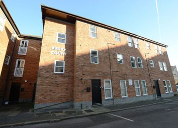 Thumbnail 1 bed flat to rent in Alice Road, Aldershot