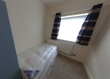 Thumbnail Room to rent in Bow Common Lane, Mile End