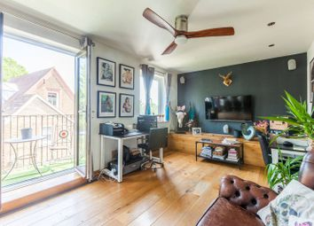 Thumbnail 1 bed flat to rent in Pages Walk, London Bridge, London